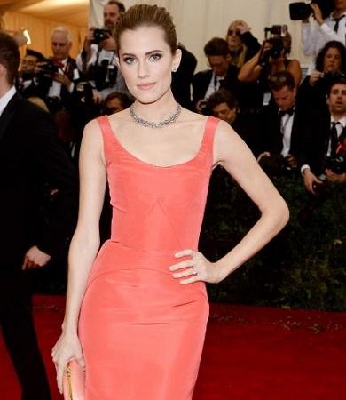 Allison Williams's Red Carpet Style