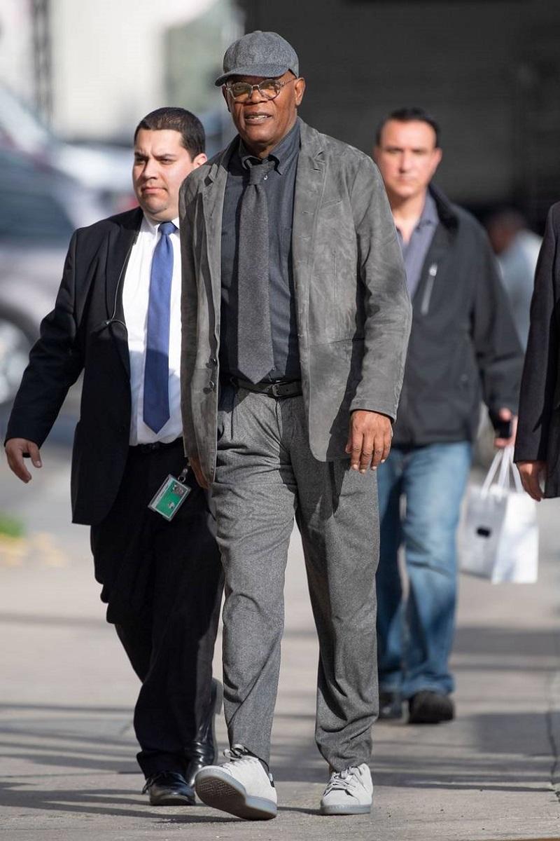 Samuel L Jackson has got one-tone dressing covered